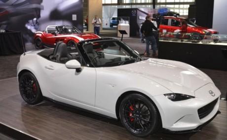 Audi 新型R8 2015 映像
