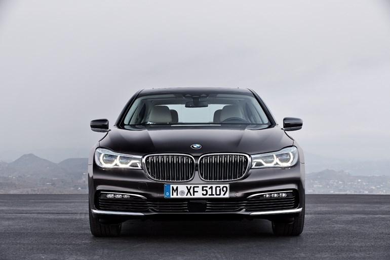 BMW最上級セダン、新型7シリーズ発表 凄すぎ