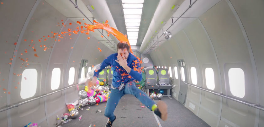 OK Go 「Upside Down & Inside Out」とにかく見るべし