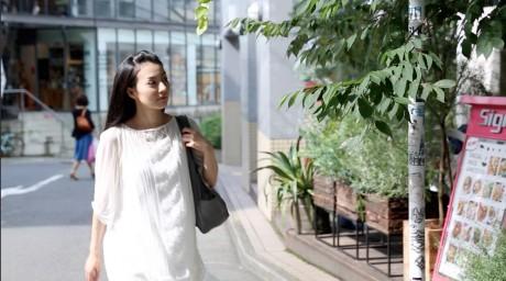 女優・坂本祐祈、来る8月を語る。舞台「人が流されていく川」インタビュー 第3弾